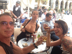 Avec Nikita et Carla, sur les Ramblas.